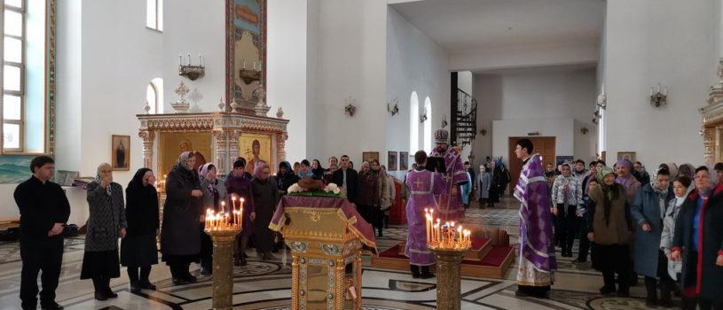 Неделя Крестопоклонная Великого поста в Андреевском храме п.Атяшево