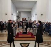 Пятница 1-й седмицы Великого поста, Архипастырь совершил Божественную литургию Преждеосвященных Даров в Андреевском храме п.Атяшево