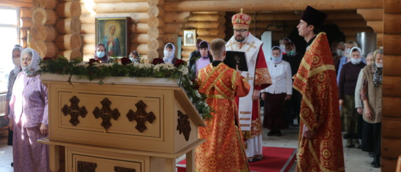 В понедельник Светлой Седмицы Архипастырь совершил Божественную литургию на Лукинском архиерейском подворье г.Саранска
