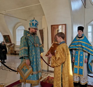 Волонтеры молодежного отдела Ардатовской епархии помогают нуждающимся на карантине