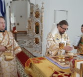 Архипастырь совершил воскресную Божественную литургию в Андреевском храме п.Атяшево