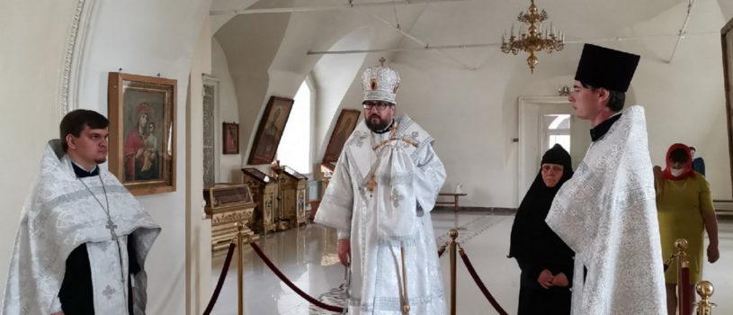 Всенощное бдение в Никольском кафедральном соборе накануне Недели 7-й по Пасхе