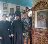 В с.Атяшево Большеигнатовского района произошло радостное событие — усилиями прихода обновили киот для чтимой иконы