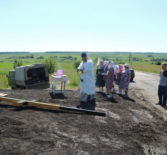 В Казанском приходе с.Киржеманы Атяшевского района установили поклонный Крест