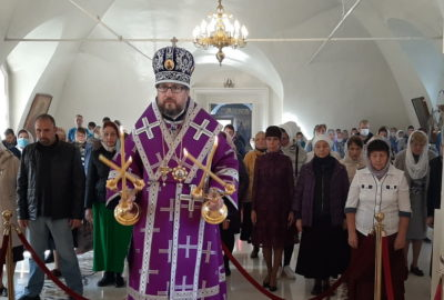Всеми́рное Воздви́жение Честно́го и Животворя́щего Креста́ Госпо́дня в Никольском кафедральном соборе г.Ардатова