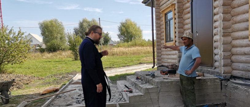 Архипастырь совершил рабочий визит на архиерейское подворье храма Новомучеников и Исповедников Российских г.Ардатова
