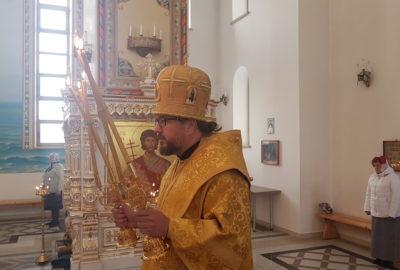 Архипастырь совершил память святых мучениц Веры, Надежды, Любови и матери их Софии в Андреевском храме п.Атяшево