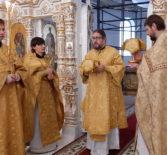 Архипастырь совершил Божественную литургию в Андреевском храме п.Атяшево
