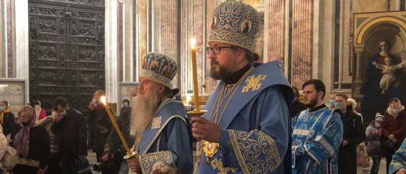 Архипастырский визит в Санкт-Петербургскую митрополию. Всенощное бдение в Исаакиевском соборе.