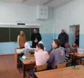 Архипастырь совместно с Главой Ардатовского муниципального района посетил занятие воскресной школы Никольского кафедрального собора г.Ардатова