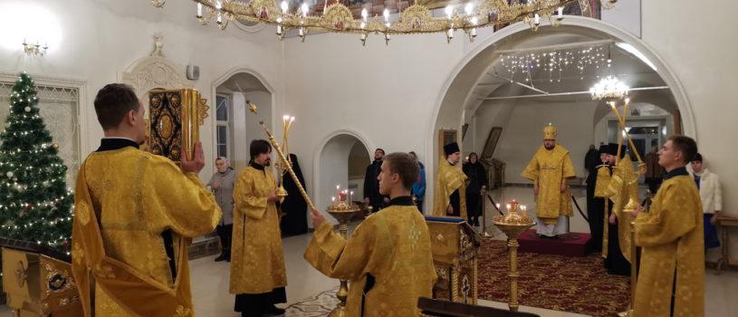 Архипастырь совершил Всенощное бдение в Никольском кафедральном соборе г.Ардатова