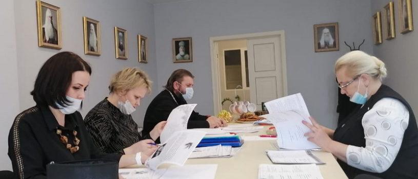 В управлении Ардатовской Епархии подвели итоги епархиального конкурса исследовательских работ учащихся общеобразовательных учреждений «Мы память бережно храним»