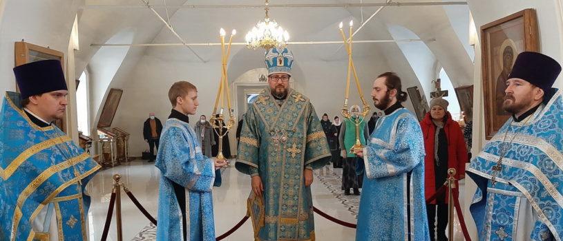 Неделя о мытаре́ и фарисе́е, попразднство Сретения Господня, в Никольском кафедральном соборе г. Ардатова
