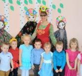 Широкую Масленицу и День православной книги отметили в Большеигнатовском детском саду