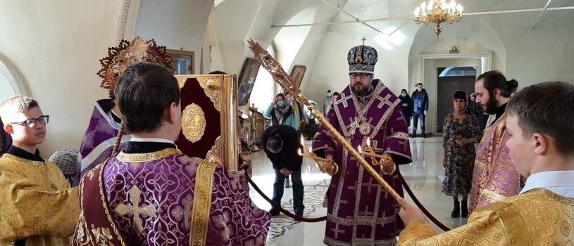 Неделя 3-я Великого поста, Крестопоклонная в Никольском кафедральном соборе г. Ардатова