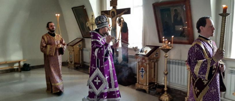 Всенощное бдение в Никольском кафедральном соборе накануне Недели 5-ой Великого поста