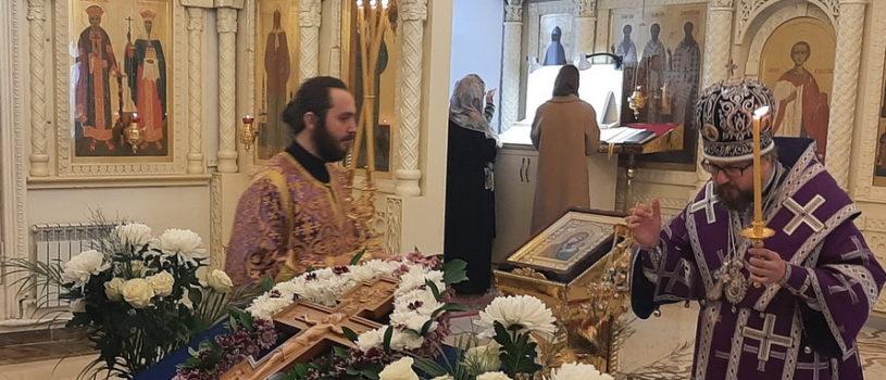 Всенощное бдение с выносом Животворящего Креста Господня в Никольском кафедральном соборе г. Ардатова