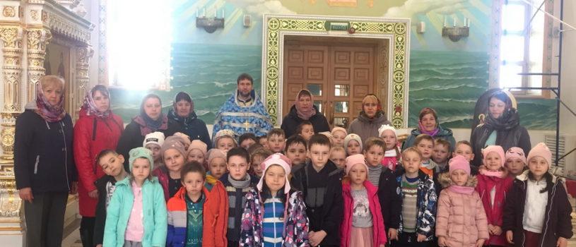 В кафедральном соборе апостола Андрея Первозванного на Благовещение провели экскурсию для детей и преподавателей Атяшевского детского сада