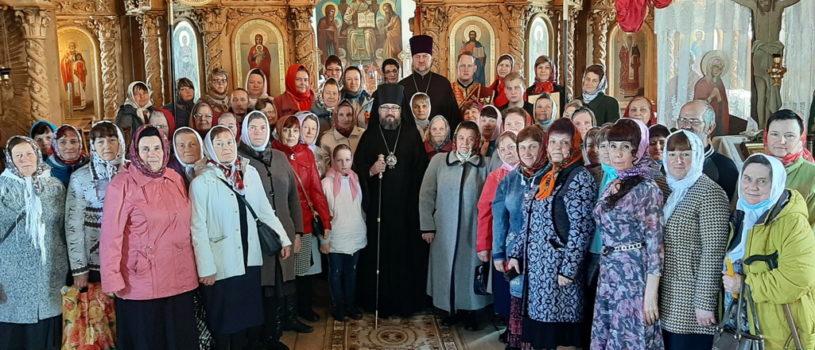 Суббота Светлой Седмицы в центральном храме Большеигнатовского благочиния в честь Архистратига Божия Михаила