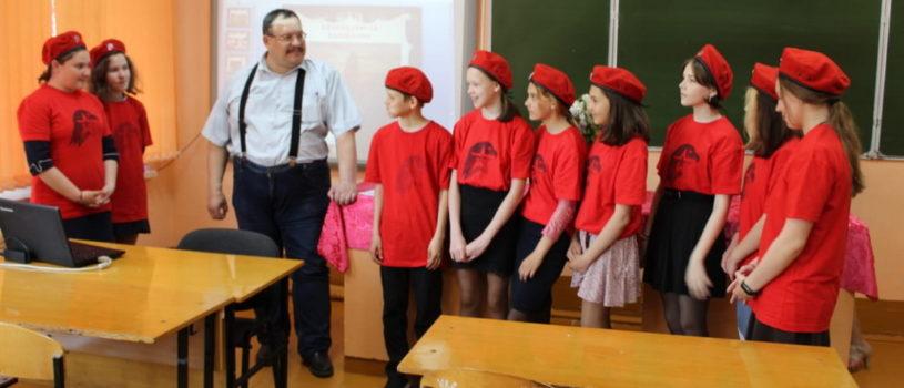 В средней школе села Атяшево прошла лекция о святом праведном воине Федоре Ушакове