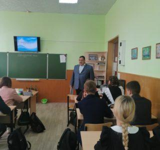 В школах п.Комсомольский Чамзинского района прошли лекции о свт. воине Феодоре Ушакове