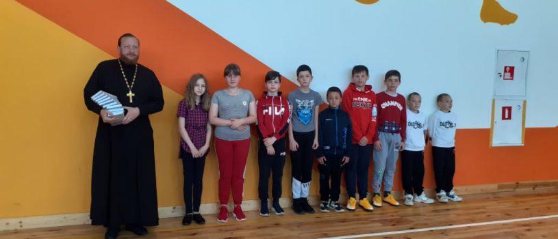 День защиты детей отметили в Большеберезниковском летнем спортивном лагере