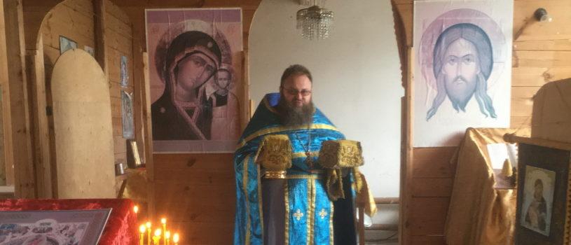 Божественная литургия в Казанской церкви с.Кайбичево Дубенского благочиния. Возобновилась богослужебная деятельность на приходе.