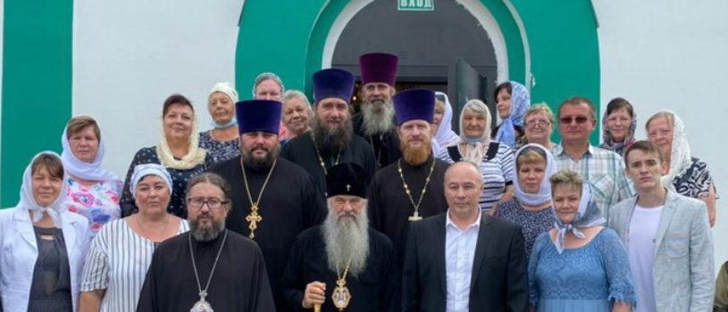 Ардатовскую епархию посетил Высокопреосвященнейший Варсонофий, митрополит Санкт-Петербургский и Ладожский
