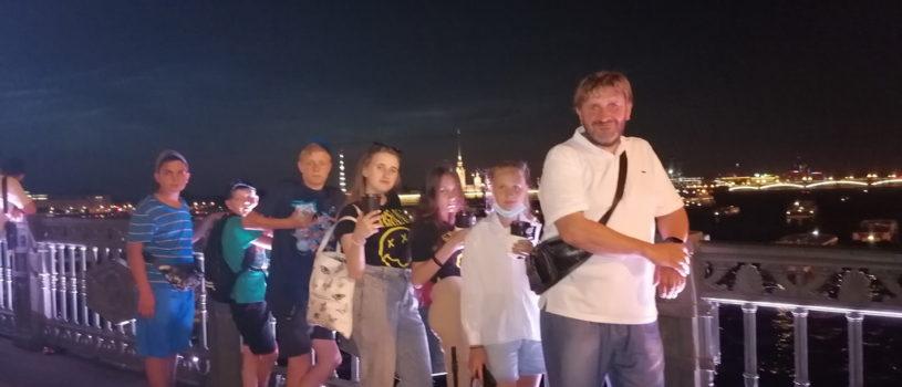 Волонтеры молодежного отдела Ардатовской епархии завершили визит в Северную столицу
