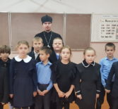 Благочинный второго церковного округа Ардатовского района посетил Урусовскую СОШ