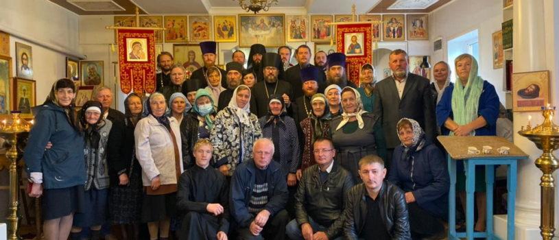 Архипастырь в сослужении собора духовенства совершил память священномученика Павла Ягодинского в с.Паракино Большеберезниковского района