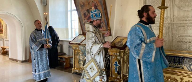 Всенощное бдение в Никольском кафедральном соборе г.Ардатова накануне Недели 11-й по Пятидесятнице