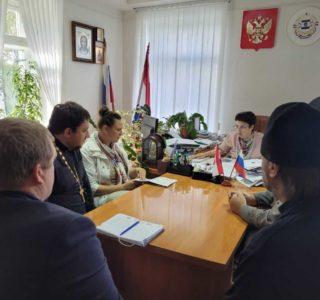 В Администрации Большеигнатовского района прошло совещание по строительству нового храма